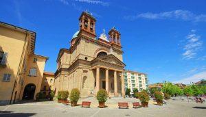 Casa Vacanza Fusina (Dogliani) – Chisa Parrocchiale Santi Quirico e Paolo