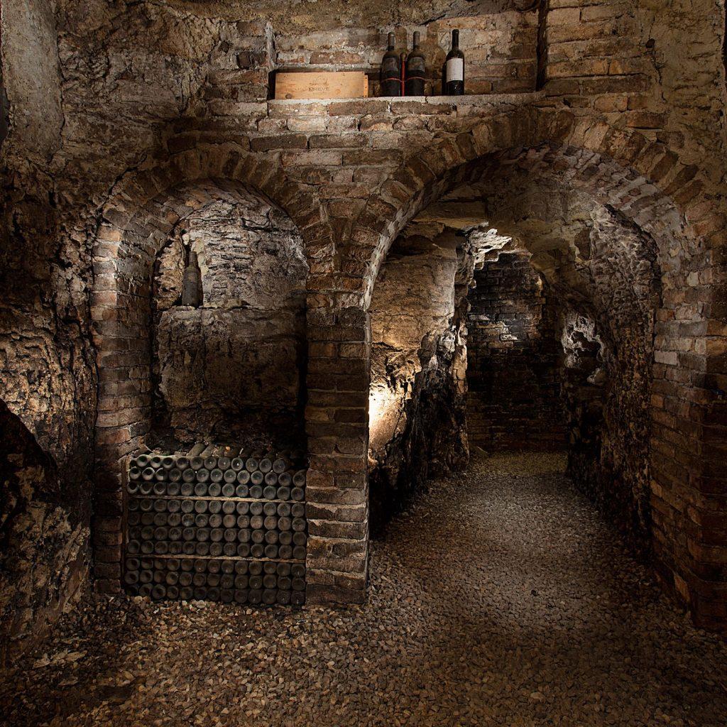 Casa Fusina (Dogliani) - Antico crutin dei Poderi Gianni Gagliardo