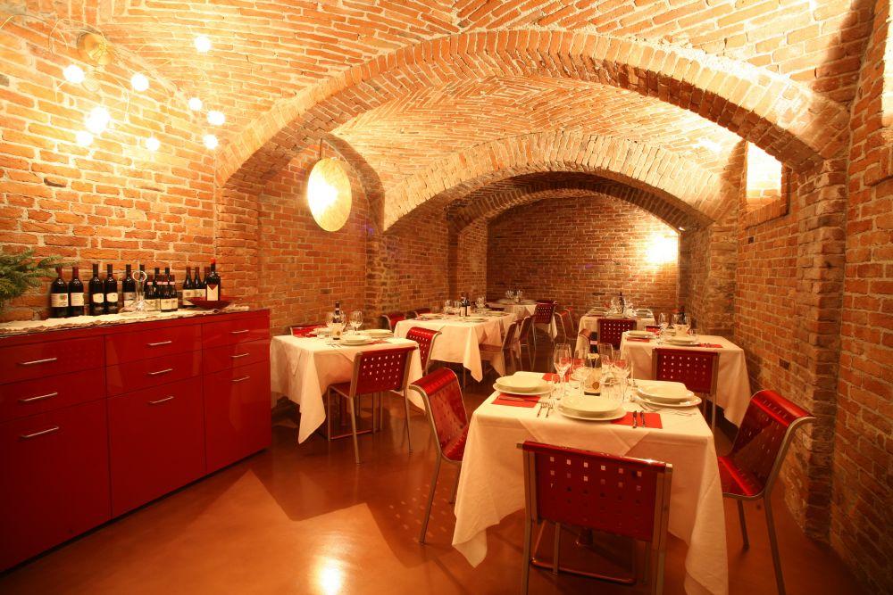 Casa Vacanze Fusina (Dogliani) - Ristorante Cortiletto d'Alba
